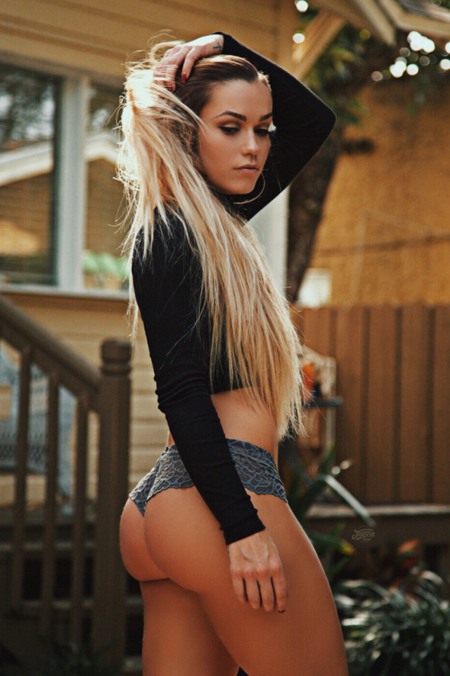 Hump Day Dopeness – Part 1 (31 Pics) | Sneakhype