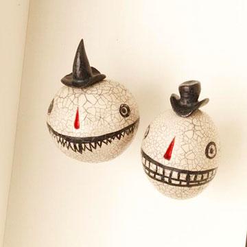 Shrunken Heads Shadow Box for Halloween