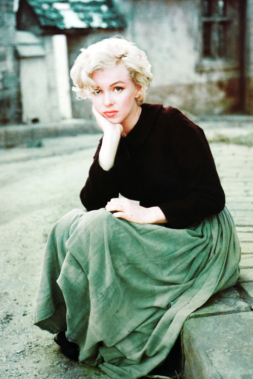 Vintage Breeze - vintagegal: Marilyn Monroe photographed by...