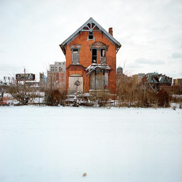 Abandoned House Photography by Kevin Bauman | inspirationfeed.com