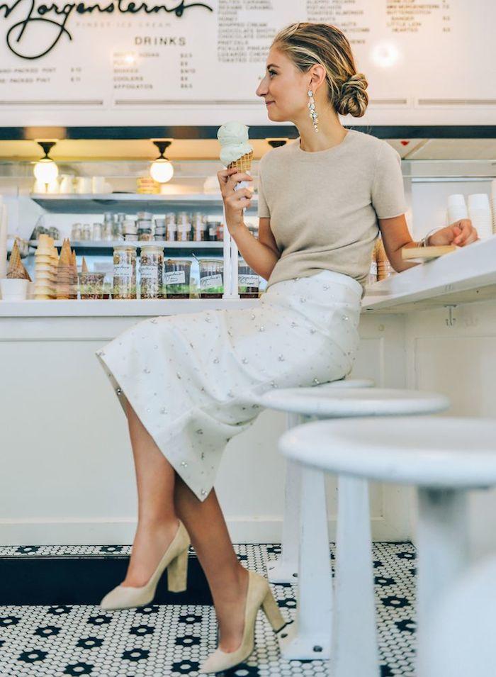 Fashion Inspiration | Chandelier Earrings & Loose Chignon - DustJacket Attic