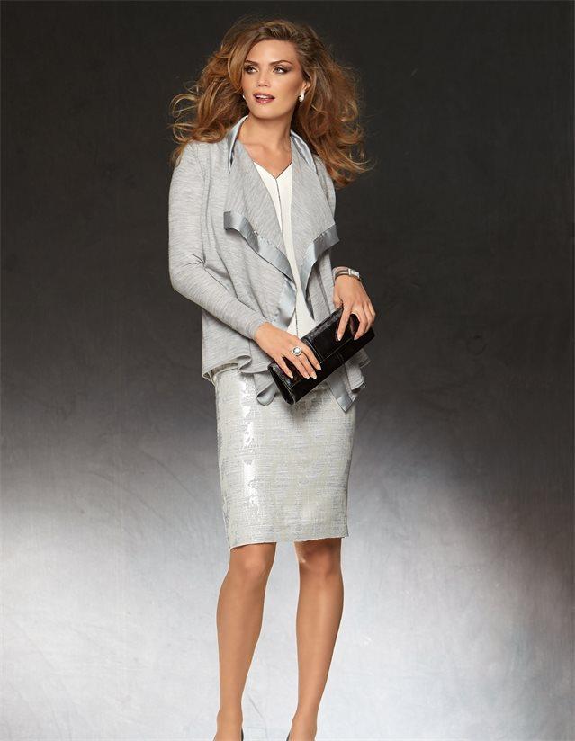 Leichte Damen Strickjacke aus Merinowolle in der Farbe silbergrau - silber, grau - im MADELEINE Mode Onlineshop