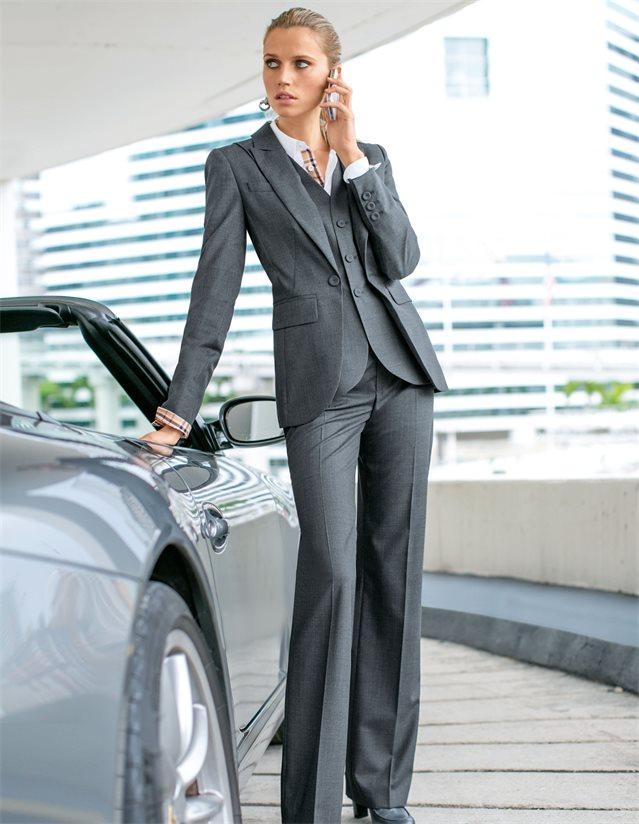Hosenanzug aus Schurwolle mit imitierter Weste in der Farbe anthrazit - grau - im MADELEINE Mode Onlineshop