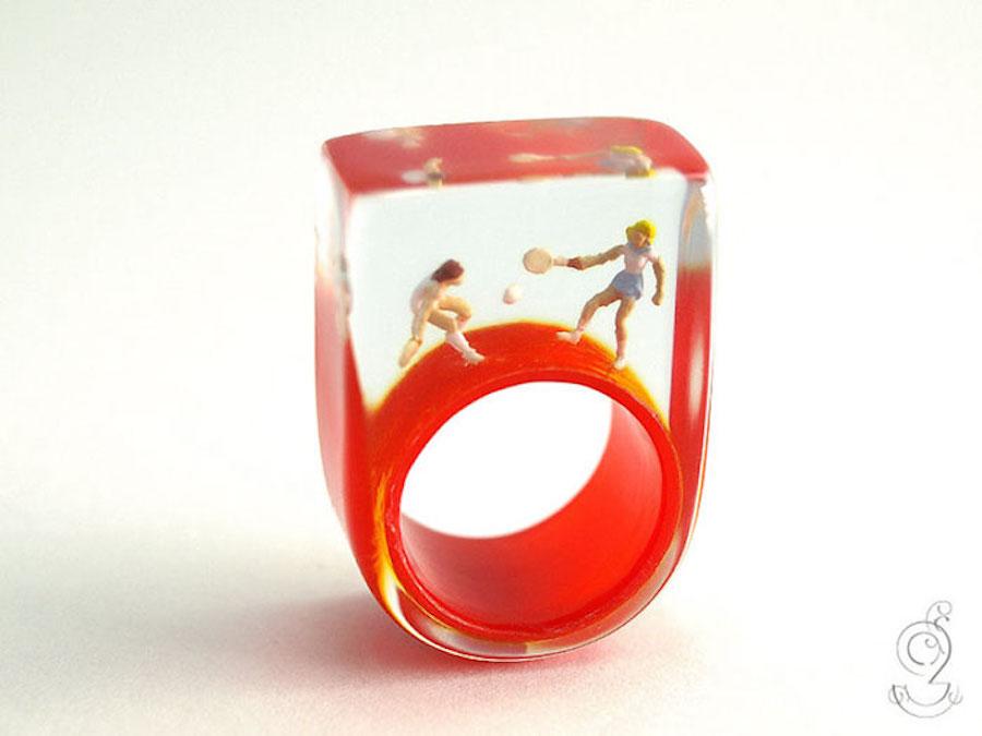 miniaturerings-2 – Fubiz Media