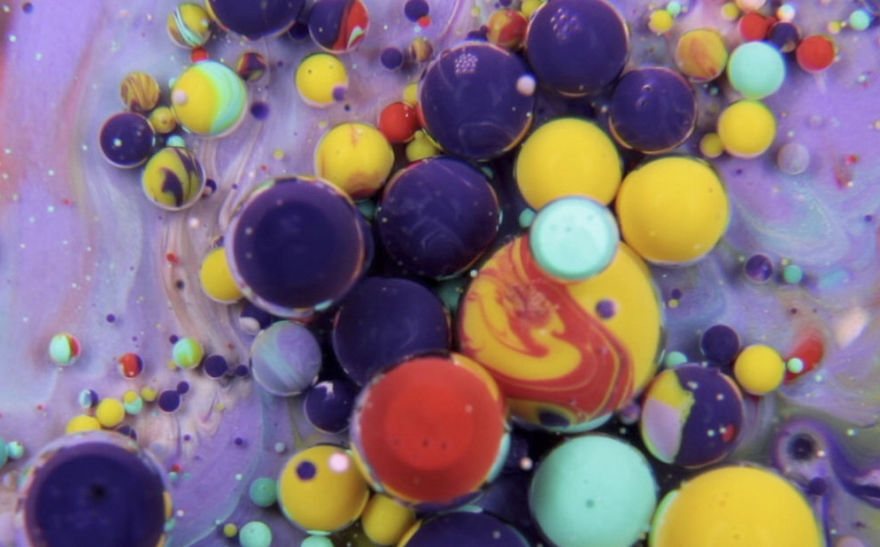 I Mix Paint, Oil, Milk and Liquid Soap To Create Surrealistic Paint Dances | Bored Panda