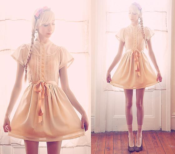 "Cinderella Vintage Childrens Dress, Free People Flower Headband //""C'est le printemps!"" by Elle Ribera // LOOKBOOK.nu"
