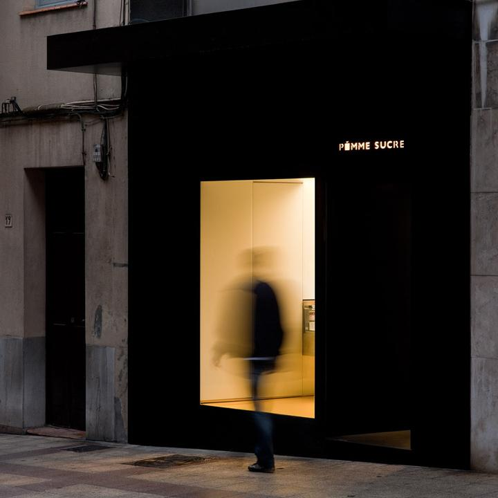 Pomme Sucre pastry shop by Francesc Rifé, Oviedo – Spain » Retail Design Blog