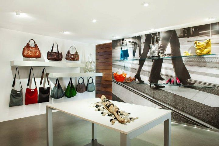 Sway shoe store by AB design studio, Long Beach » Retail Design Blog