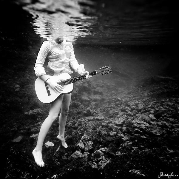 underwater - vivant vie | photography by sarah lee