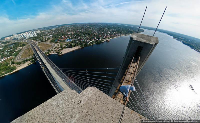 25+ Death-Defying Photographs by Vadim Mahorov | inspirationfeed.com