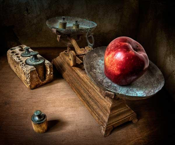 30 Impressive Examples of Still Life Photography