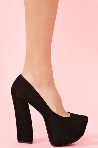 Lexa Platform Pump - Black in Shoes at Nasty Gal