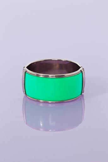 Envy Cuff in Accessories Jewelry at Nasty Gal