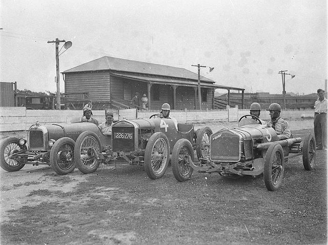From left, supercharged 1924 Alvis of Fred Braitling, no.4 (registration no. 226-276) is the Fronty Ford Special of Charlie Spurgeon and no.3 is the Rajo Ford Special of Don Shorten, taken for Cinesound, Wentworth Autodrome, Nov 1933, Ted Hood | Flickr - Photo Sharing!