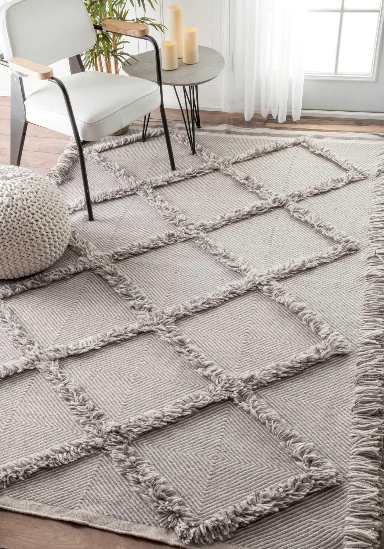 nuloom candolim devon diamond trellis tassel shag rug | plushrugs