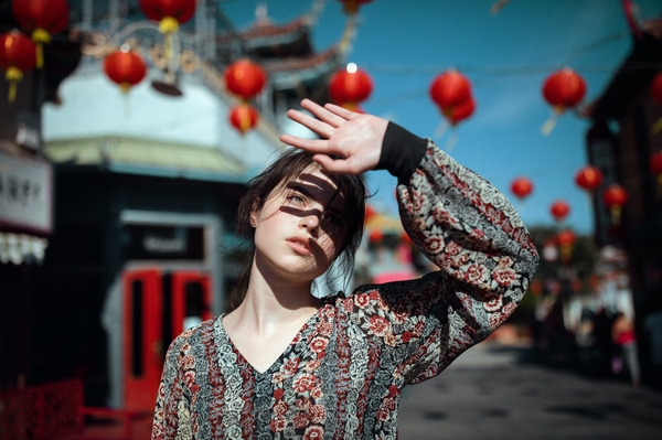 sunlight,women,Brunette,women outdoors,china town women brunette sunlight china town women outdoors – Actors Wallpapers – Desktop Wallpapers