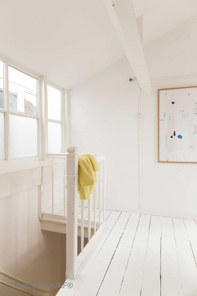 my scandinavian home: A bright and cheerful Dutch family home