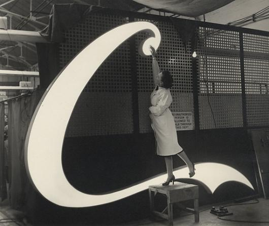 Designspiration — Creative Review - The making of a Coca-Cola neon sign, 1954