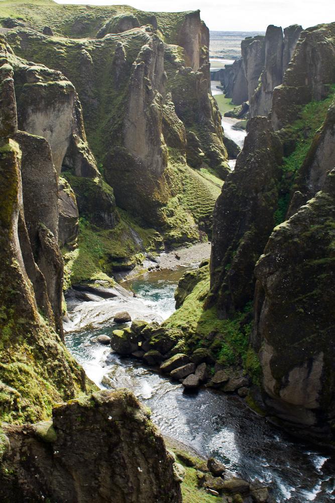 Geological Photography - Fjaðrárgljúfur Canyon   Abduzeedo   Graphic Design Inspiration and Photoshop Tutorials