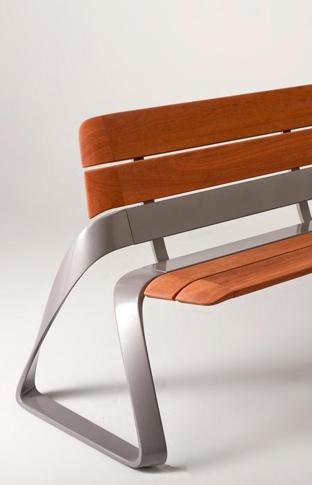 bmw-metro40-bench.jpg 450×700 pixels