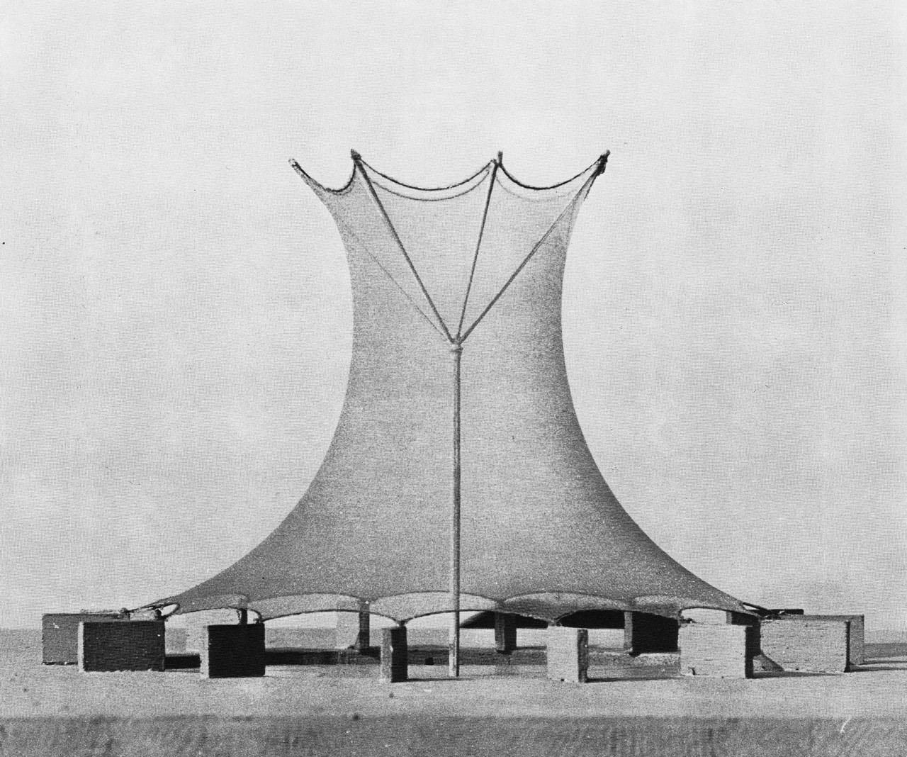 Frei Otto and the Importance of Experimentation in Architecture | ArchDaily