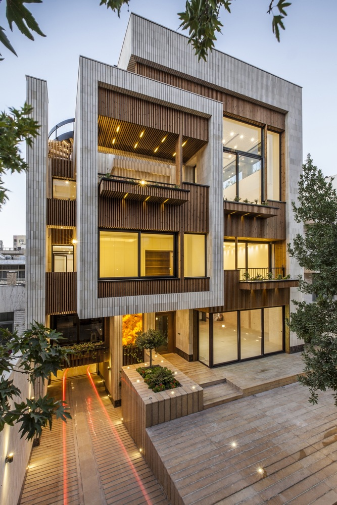 Mehrabad House / Sarsayeh Architectural Office on Inspirationde