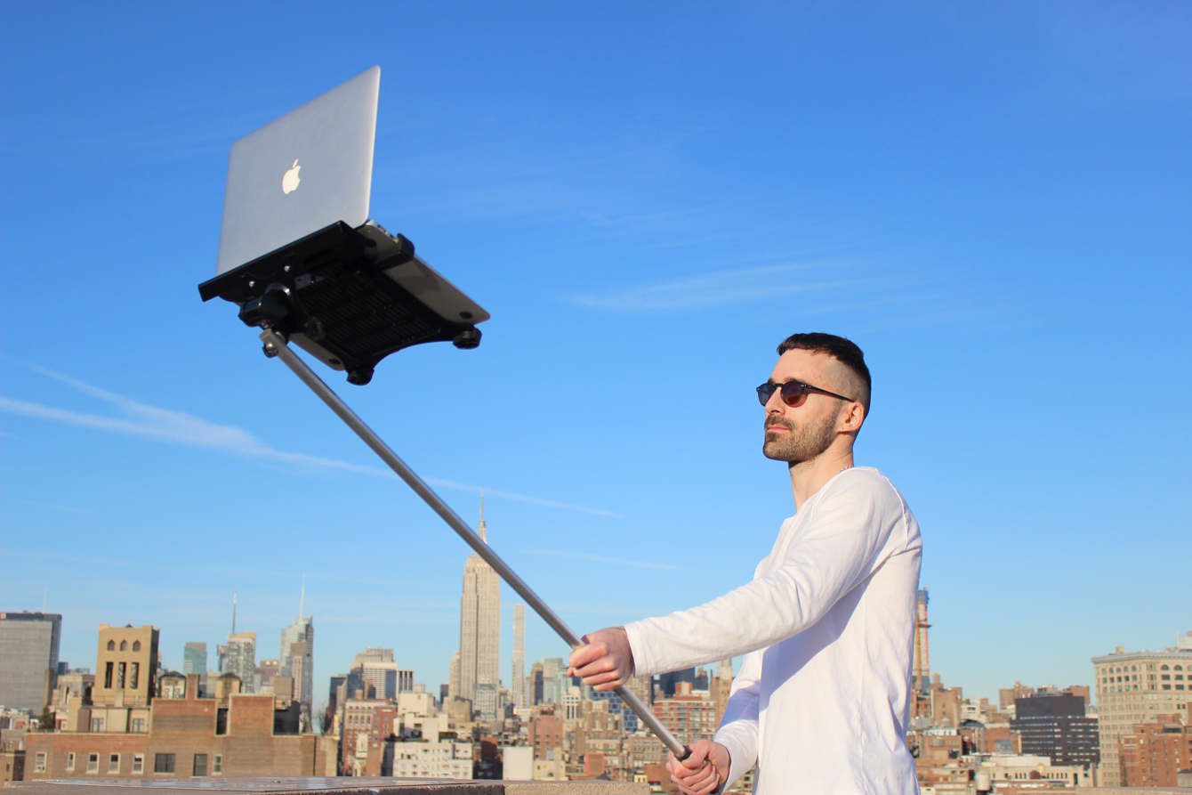 Macbook Selfie Stick - Tom Galle Portfolio