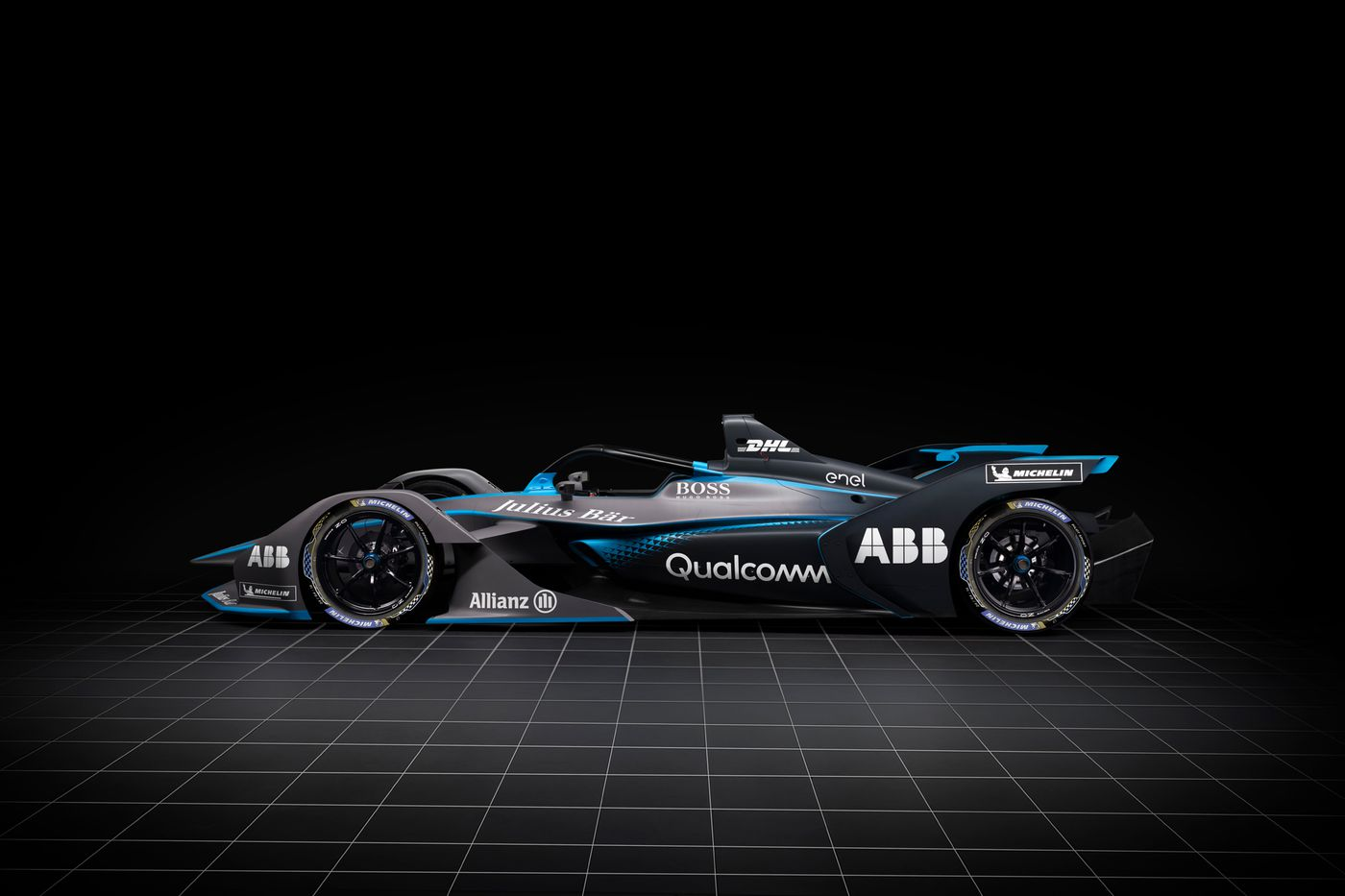 Formula E's wild new racecar makes electric racing look cool - The Verge