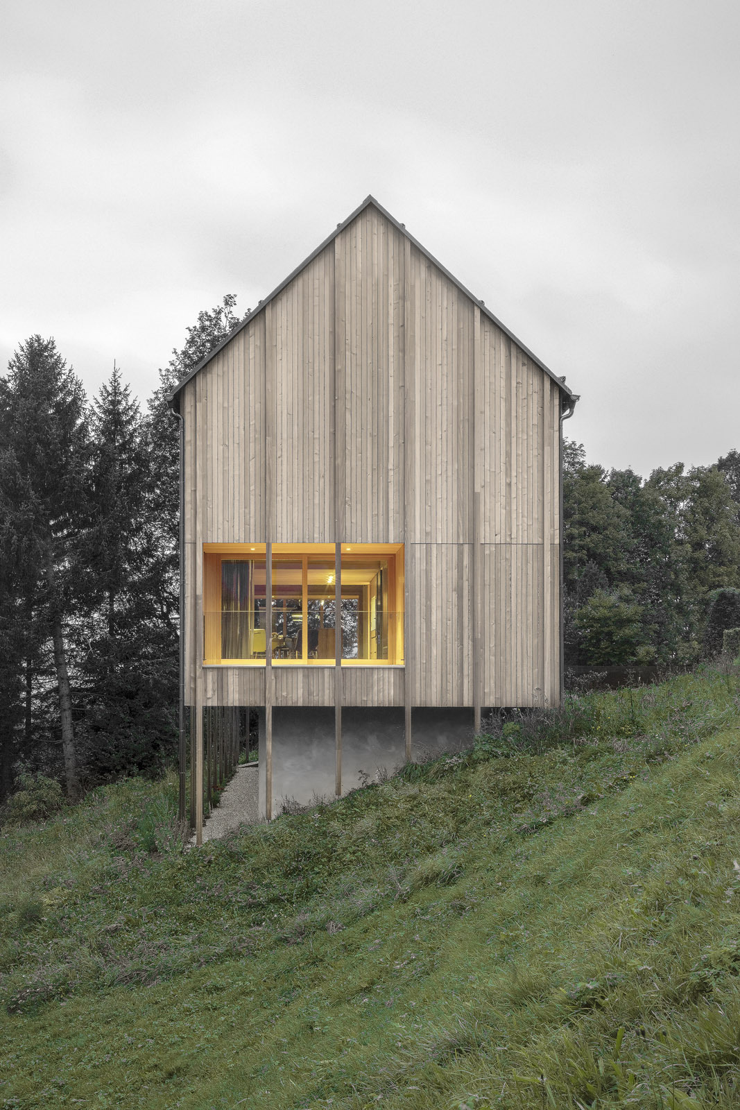 Typical farmhouse reimagined in modern contexts by Bernardo Bader Architects on Inspirationde