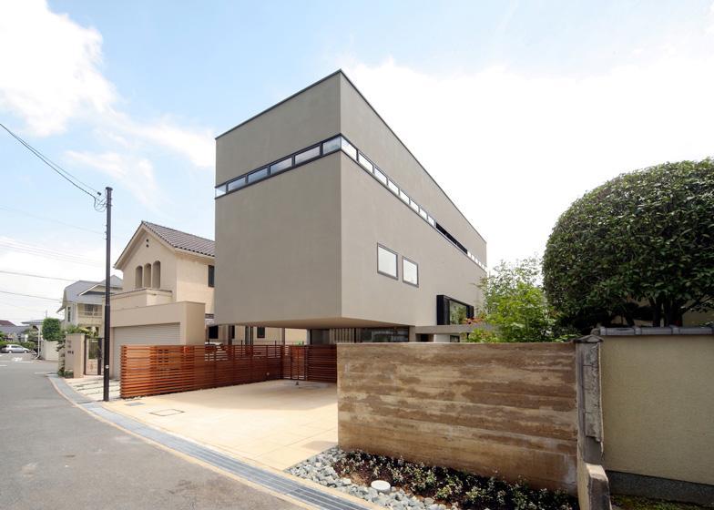 Dezeen » Blog Archive » House in Senriby Shogo Iwata