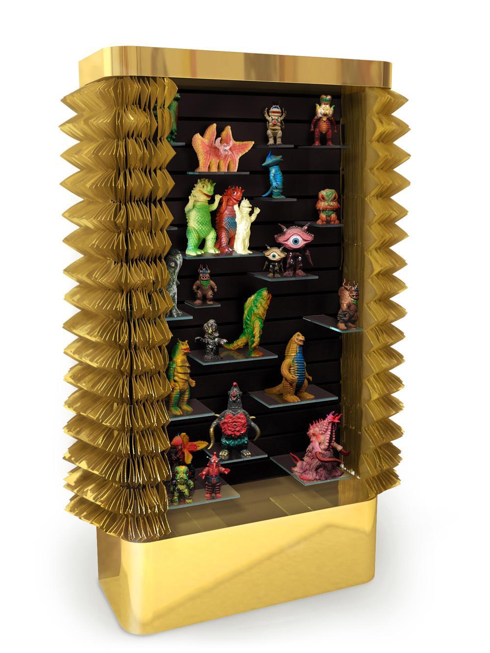 http://mocoloco.com/fresh2/upload/2012/04/collectors_cabinet_by_maurizio_galante_tal_lancman/collectors_cabinet_maurizio_galante_tal_lancman_2b.jpg