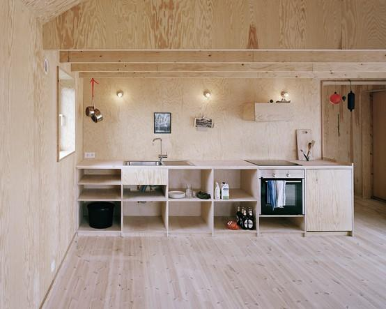 Materiality / Plywood kitchen