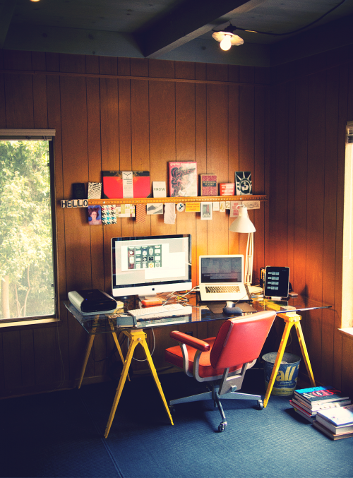 Ben Barry's Desk | Design.org
