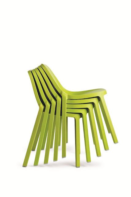 Homebuildlife: Broom chair by Philippe Starck for Emeco