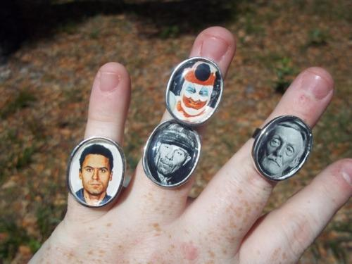 I Heart Chaos — Serial killer rings, totally the cool new thing.