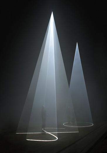 Serpentine Gallery: Anthony McCall30 November 2007 – 3 February 2008