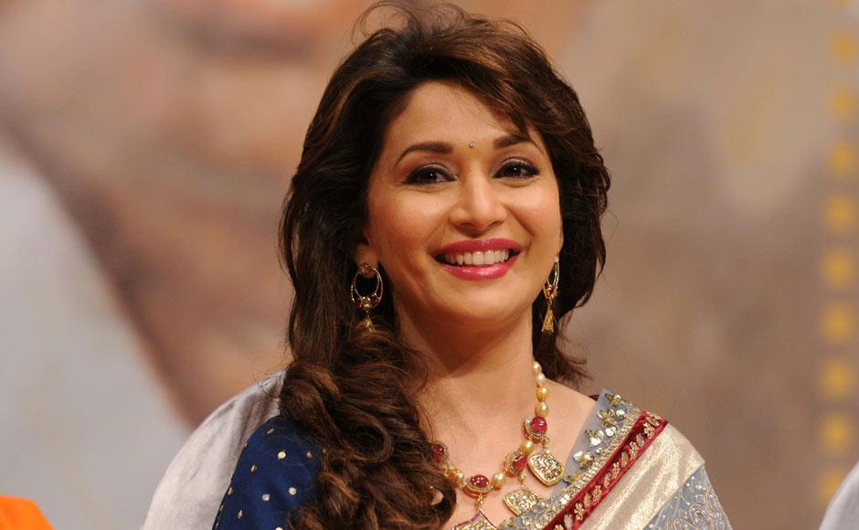Images: Madhuri Dixit receives Dinanath Mangeshkar Award | Firstpost