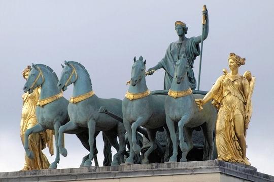Résultats Google Recherche d'images correspondant à http://www.linternaute.com/paris/magazine/photo/gros-plan-sur-la-sculpture-parisienne/image/quadrige-506561.jpg