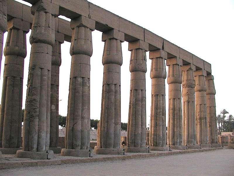 abaque-egypte-temple-louxor-amon-colonnes-papyriforme.jpg (800×600)
