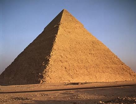 Résultats Google Recherche d'images correspondant à http://2.bp.blogspot.com/-zgDbpn7W5Hw/Tefu3moJC5I/AAAAAAAAAXM/ITwcoP_E_Iw/s1600/pyramide_gizeh.jpg