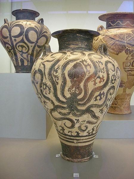 File:Ancient Greek pottery in the National Archaeological Museum in Athens 13.JPG - Wikipedia, the free encyclopedia