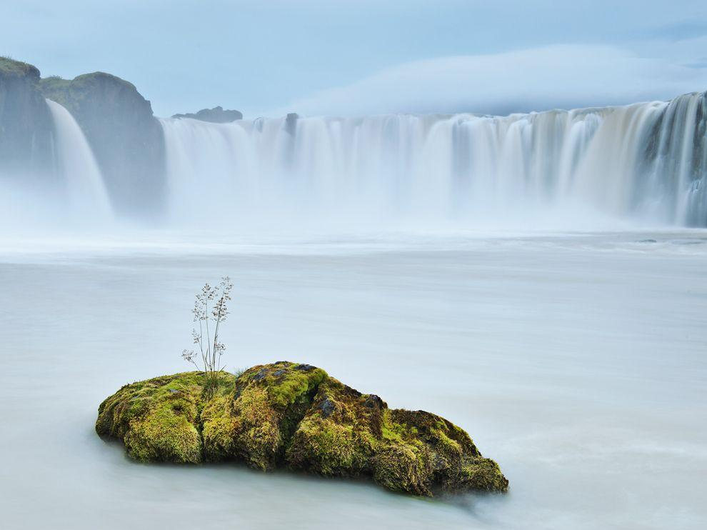 Iceland Picture - Godafoss Wallpaper - National Geographic Photo of the Day