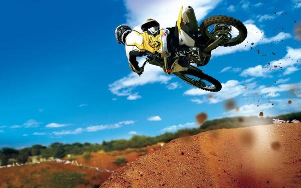 cross,Suzuki cross suzuki moto suzuki rmz450 motorbikes 1920x1200 wallpaper – Motorbikes Wallpaper – Free Desktop Wallpaper