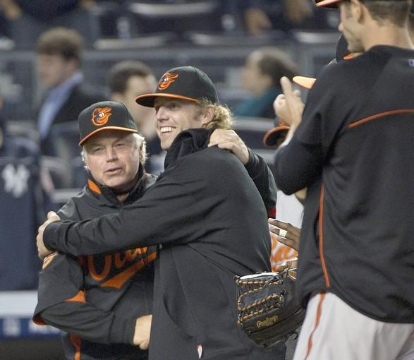 Orioles: Brian Matusz's ends skid, Buck Showalter gets 1,000th win as Orioles rout Yankees, 7-1. - baltimoresun.com