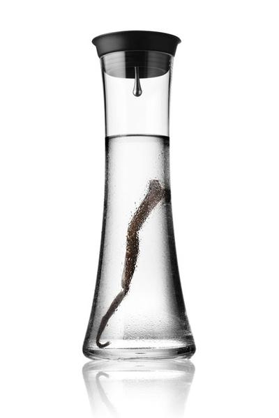 Carafe 27oz by Pil Bredahl