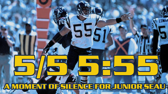 Moment of Silence for Junior Seau: May 5th, 5:55 p.m. - Bolt Beat - A San Diego Chargers Fan Site - News, Blogs, Opinion and more.