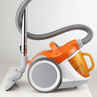 electrolux-cyclone-zsh730-vacuum.jpg 399×400 pixels