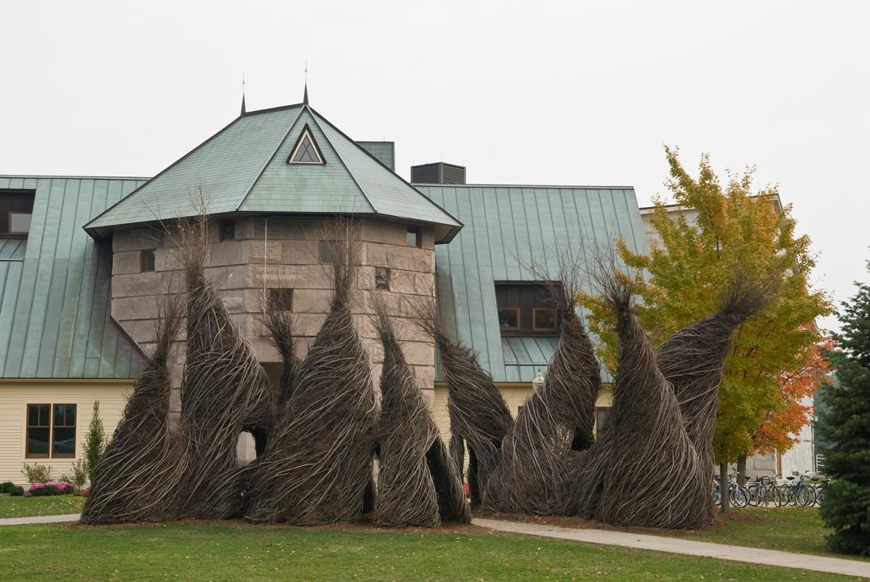 minimal exposition: patrick dougherty: stick work