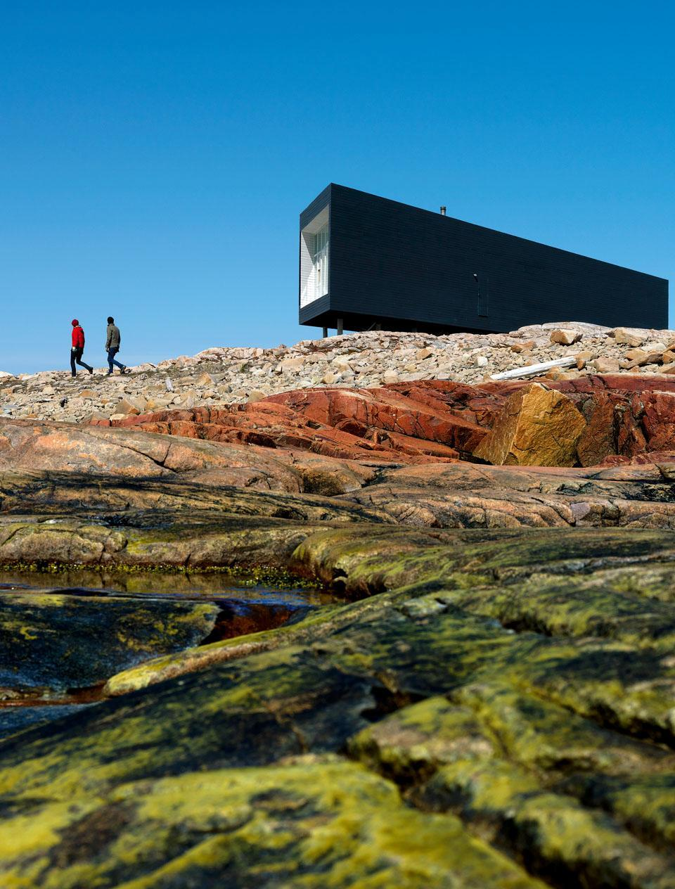 minimal exposition: todd saunders: long studio, newfoundland
