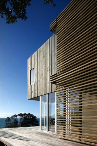Otama Beach House / David Berridge Architect | ArchDaily